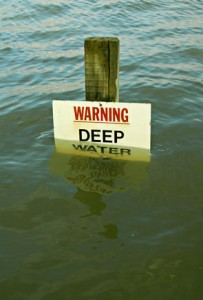 Warning-deep-water_617590a